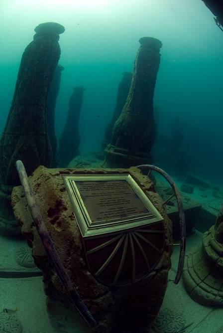 其實海底有這7個驚奇世界,只是我們都不知道而已。