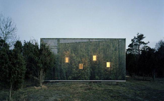 Juniper House, Sweden