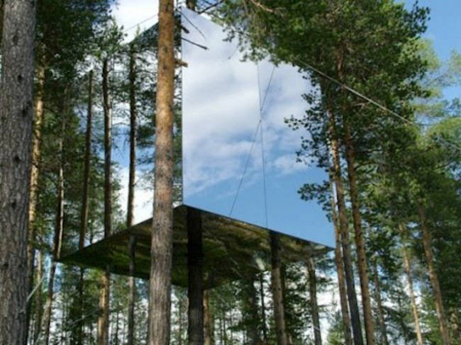 Mirrorcube, Sweden