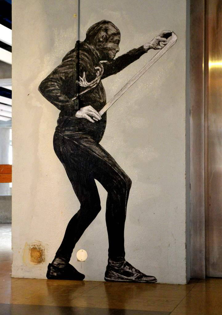 這位藝術家認為一般街道太無聊了,於是用畫筆震撼了整個城市!