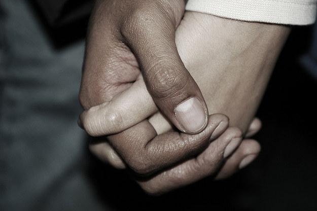 10個無法反駁的原因為什麼地球人不該再為了結婚而買結婚戒指。