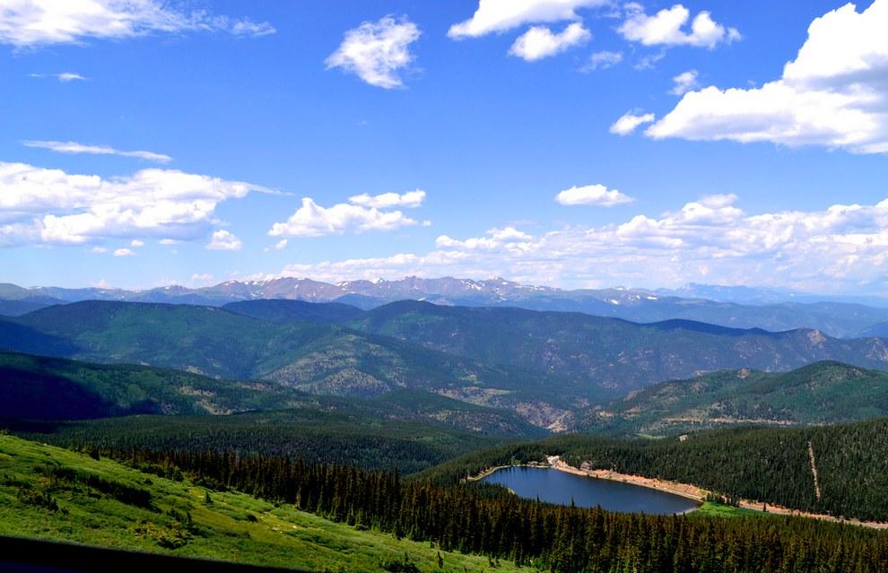 美國科羅拉多州的埃文斯山 (Mount Evans)