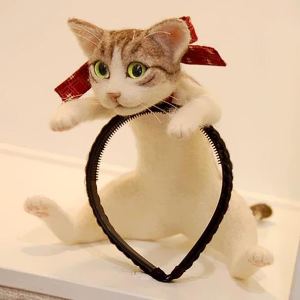 你認為這是頭上的一隻貓嗎?再看近一點!