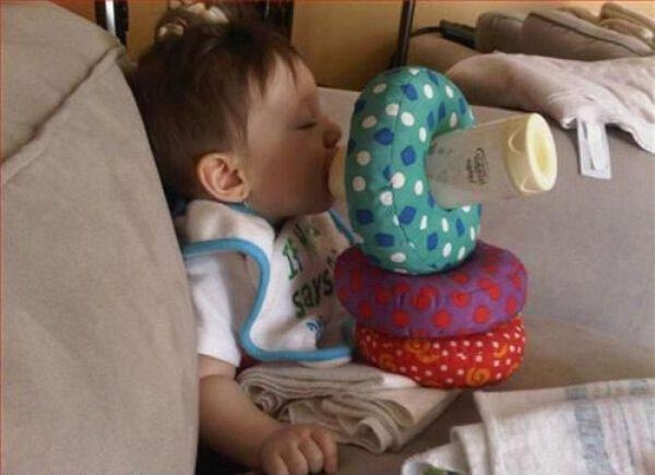 可調式應急奶瓶架!