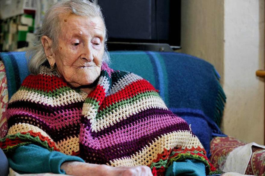 5位世界上最長壽的1800年代出生的女性,經歷世界大戰、電視發明、一直到網路時代。