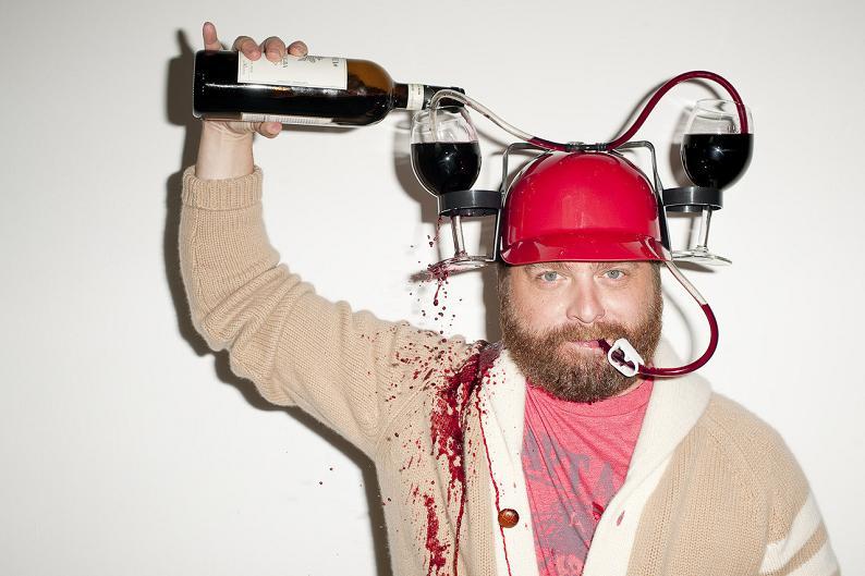 為什麼喝白酒特別會讓女人酒醉失控?讓科學來解釋這一切的混亂!