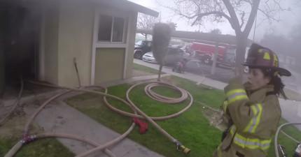 透過消防隊員頭盔攝影機錄下的救災現場,讓人立刻親身體會火災突破困境的驚險時分!