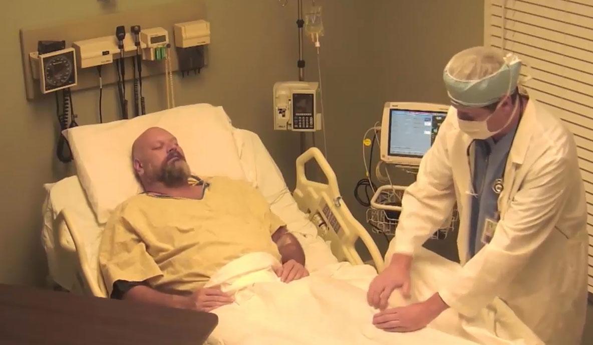 這個演員將多次酒.駕的男人帶到假醫院 告訴醒來的他「你昏迷10年了」