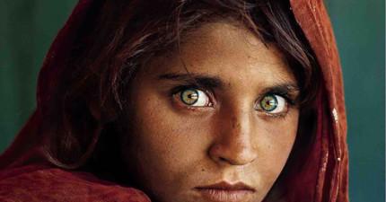 這名全球知名的《阿富汗女孩》你一定看過。30年後的她現在怎麼樣了?