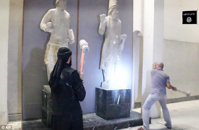 伊斯蘭國恐怖分子這回攻擊的不是人,而是粉碎3000多年歷史的無價全人類文明。