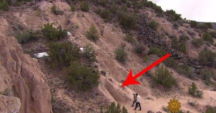 看到山坡旁邊的洞了嗎?你只要走進去就會發現一個讓你永遠不想要出來的美麗新世界!