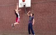 沒有人相信他身高173公分可以灌籃。接著他用6個月證明那些人都錯了!