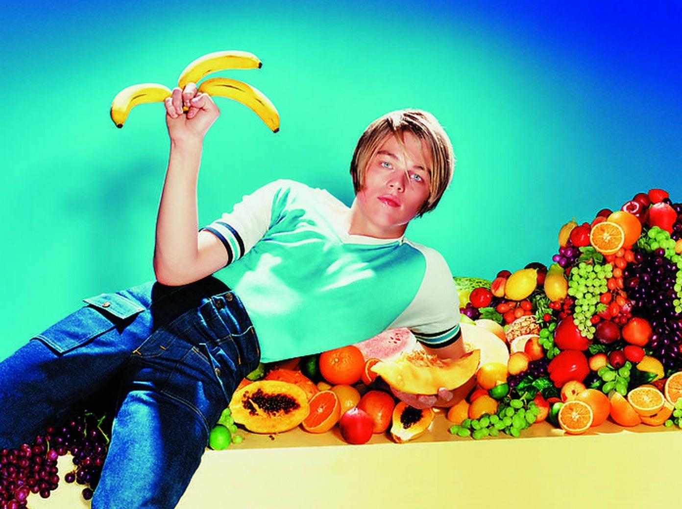 Leonardo DiCaprio's awkward pose with a banana.