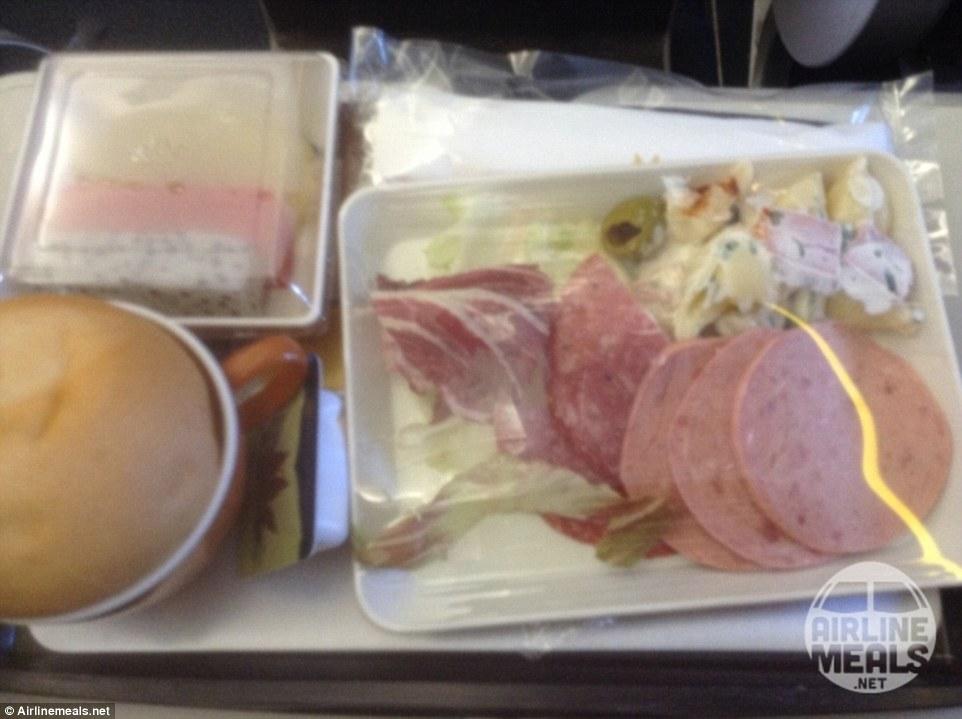 15個最被乘客唾棄的難吃飛機餐 美國飛機餐根本就是「視覺毒藥」