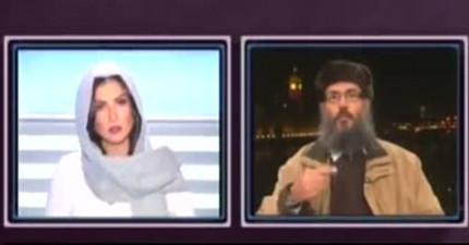 女主持人在節目公然被男酋長大喊「閉嘴,妳這女人...」接下來她就展開超犀利的反擊!