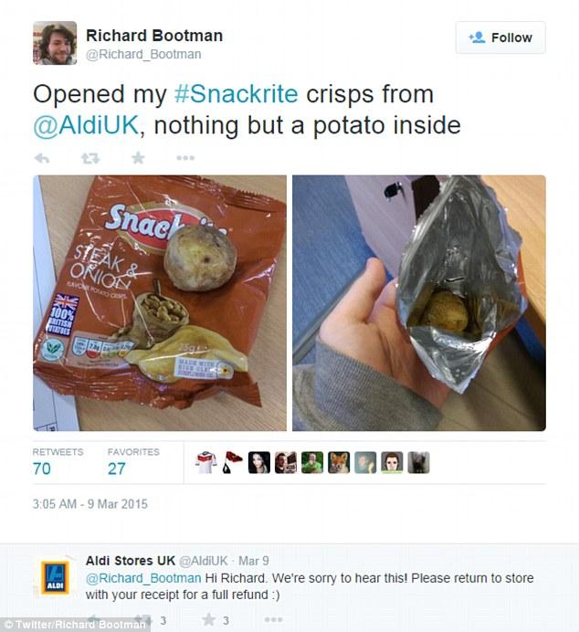 這包洋芋片標榜100%馬鈴薯製成,結果這名男子一打開包裝卻直接笑翻了...!