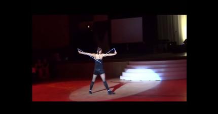 觀眾看到她拿著跳繩還以為會很失望,但當她開始跳的時候我馬上愛上了跳繩表演!