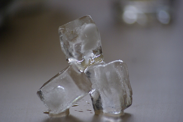 1. 70%餐廳會提供的冰塊,會比一般自來水還要髒。