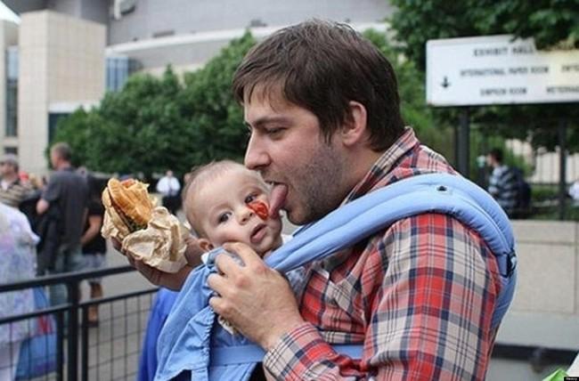 這13位爸爸完全體現了當父親有多辛苦。看完會讓你想要去擁抱爸爸!