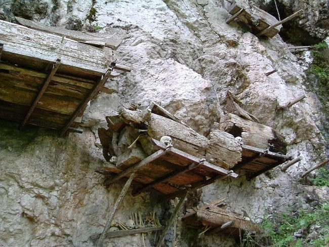 If the rock is too dense, wooden platforms like these are suspended from the cliffs.