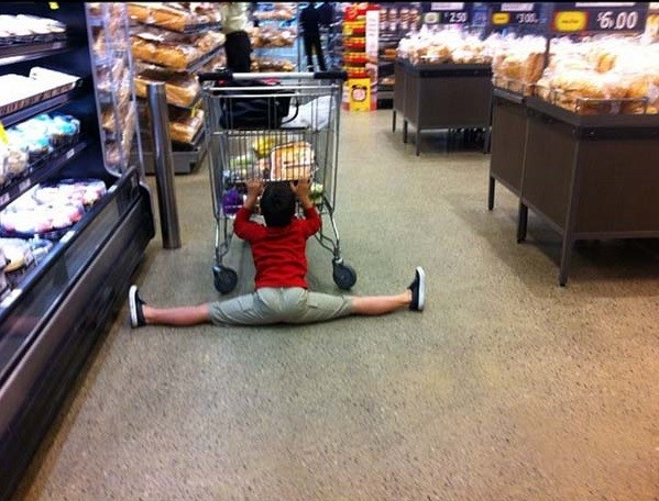 這28張照片完全說明了,人們有了小孩後為什麼都會開始討厭逛街...