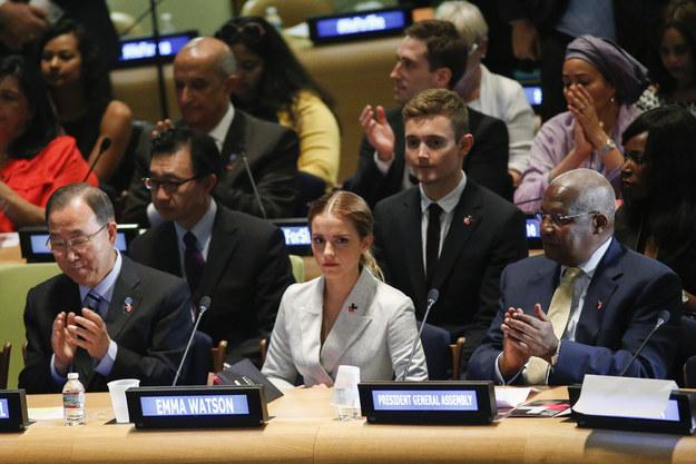 她提到,在她身為聯合國婦女署的全球親善大使發表演講後,竟然收到了詐騙網站威脅她,要來公開她的「裸照」。