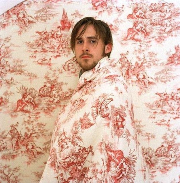 Ryan Gosling blends in to the background.