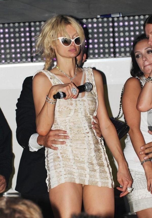 24位在舞台上光鮮亮麗的好萊屋明星,沒想到喝醉之後的模樣居然這麼爆笑!