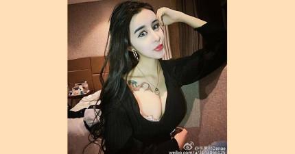 中國這位16歲網路美女經過多次整形被網友覺得很像某個電影角色...看過其它照片後更覺得扯!