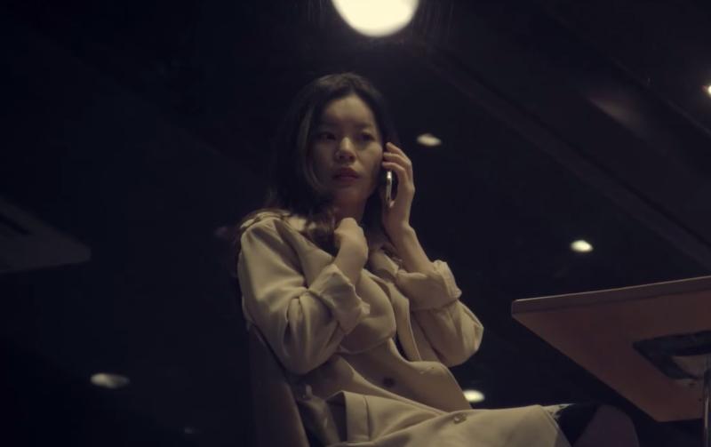 這個女生接到男友電話要她往窗外看,接下來她的感動有滿滿「三層樓」!