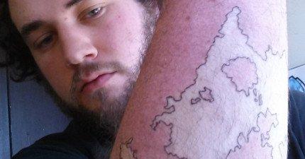 這位網友對於天生滿手胎記毫不自卑,反倒把它轉變成最壯觀的地圖!