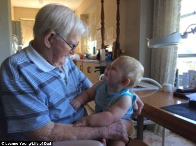 Australian mom Leanne Young posted this image of a 102-year difference between a great-great-grandfather and his great-great-grandson