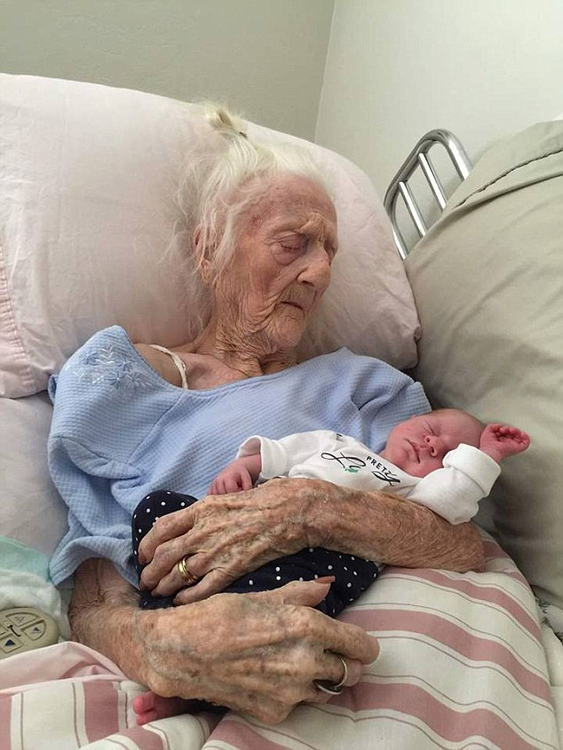 Four generations of the same family: Rosa Camfield was born in June of 1913 and died Monday. Since this picture appeared on the popular Facebook page Life of Dad, she received millions of likes and comments from around the world