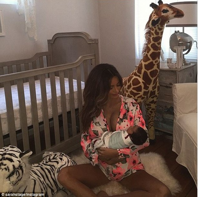 這位超級辣媽在生產4天後公開身材,但卻招來很多網友的批評?!
