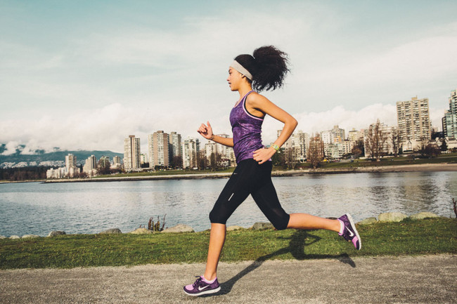 Exhaling on alternate feet while running can reduce stress on your body and reduce the risk of cramps.