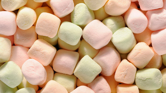 Eating marshmallows can ease the pain of a sore throat.