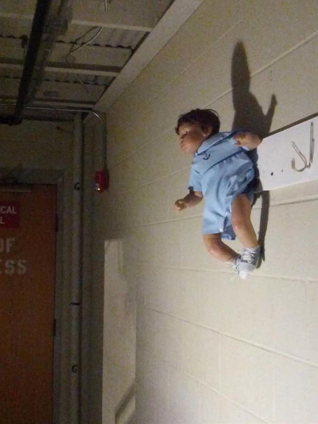 19張網路上最荒謬恐怖的照片,膽量不夠的人千萬不要看!