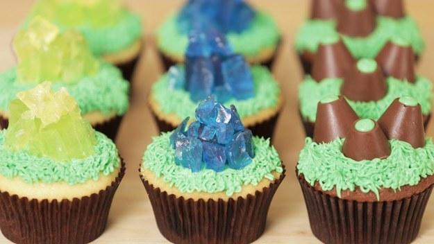 Starcraft mineral cupcakes