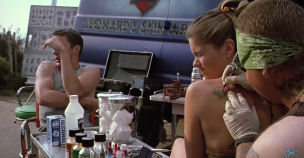 Taylor gets a heart tattoo in She's All That...