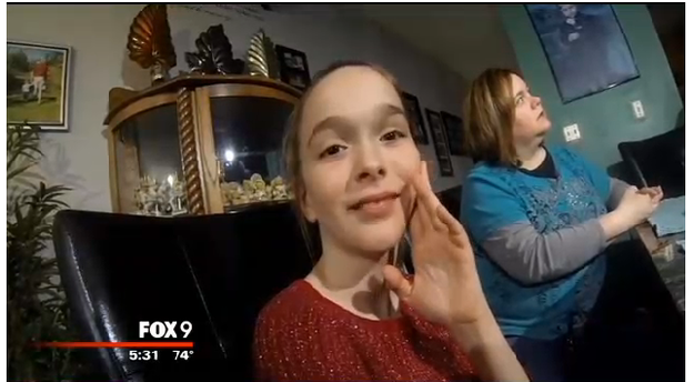 This is Mackenzie Moretter, a 10-year-old girl from Shakopee, Minnesota, whose birthday party on Saturday was shaping up to be a fairly lonely affair.