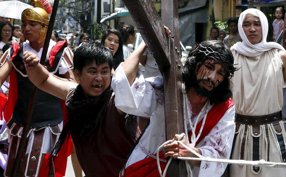 In many parts of the world, it's traditional for Christians at Easter to reenact the Stations of the Cross, but in the Philippines they take it pretty seriously.