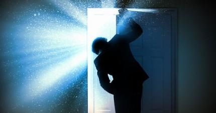 從這8扇門選出一扇,它會透露出你的內心。