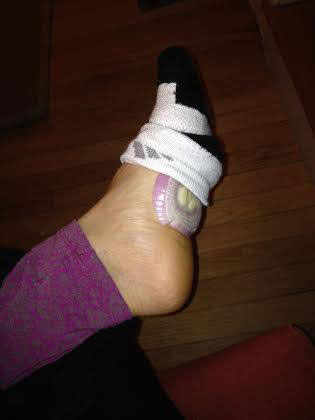 把洋蔥放進襪子裡聽起來很怪,但卻有連醫生都無法解釋的神奇療效!