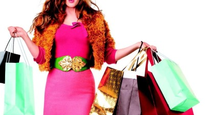 康乃爾大學研究揭曉:到底瘋狂「購物」和花錢「旅遊」哪個能讓人更快樂?