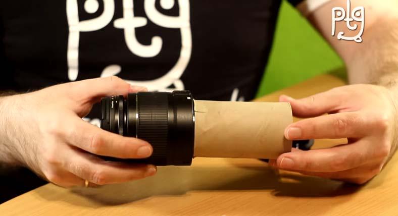 只要一個捲筒衛生紙,你就可以讓你的相機有萬元「微距鏡」的精細成果!