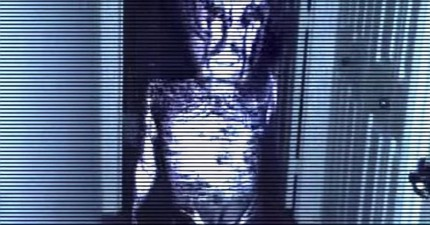 只要透過這個手機遊戲,你就能把自己的家變成喪屍和惡靈橫行的恐怖地獄!