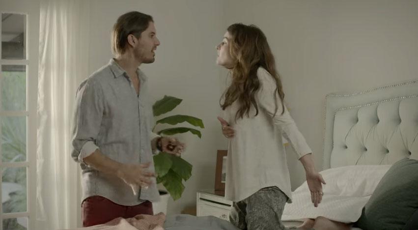 這對情侶的愛火快熄滅了,結果有天回家時看到了這個拯救他們感情的一幕。