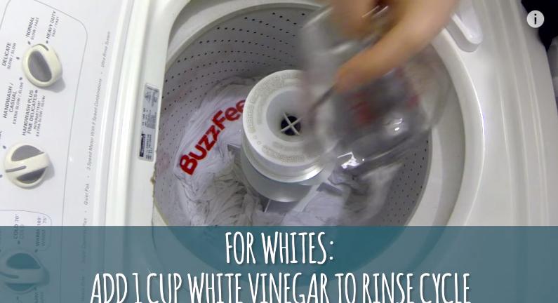 別再硬洗把衣服洗壞了,用這6個聰明清潔方法隨便洗都閃亮如新!