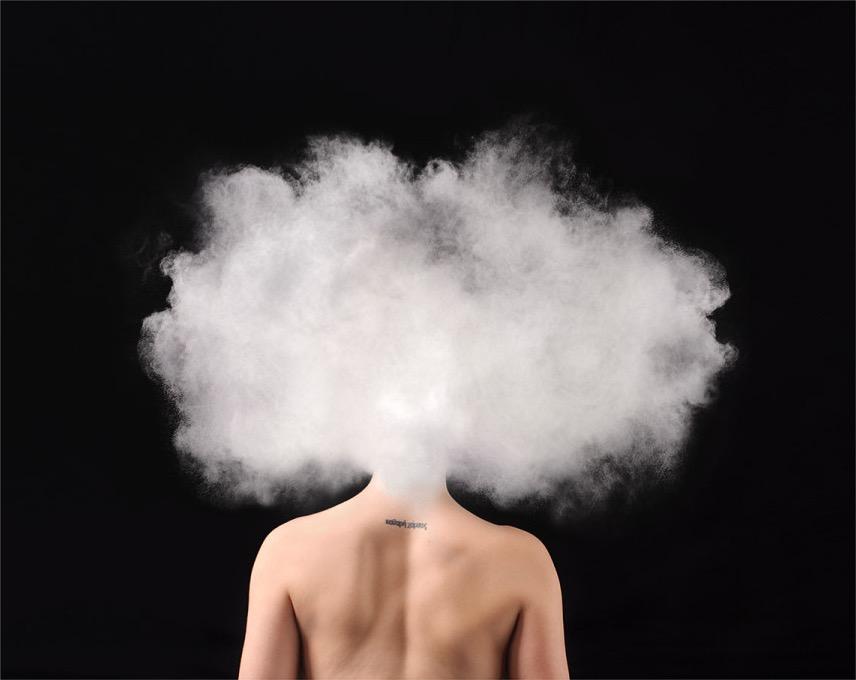 攝影師將「焦慮症」和「憂鬱症」的內心感受轉化成圖像,讓所有人都能親身體會這種痛苦!