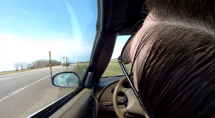 開車開到一半不小心睡著